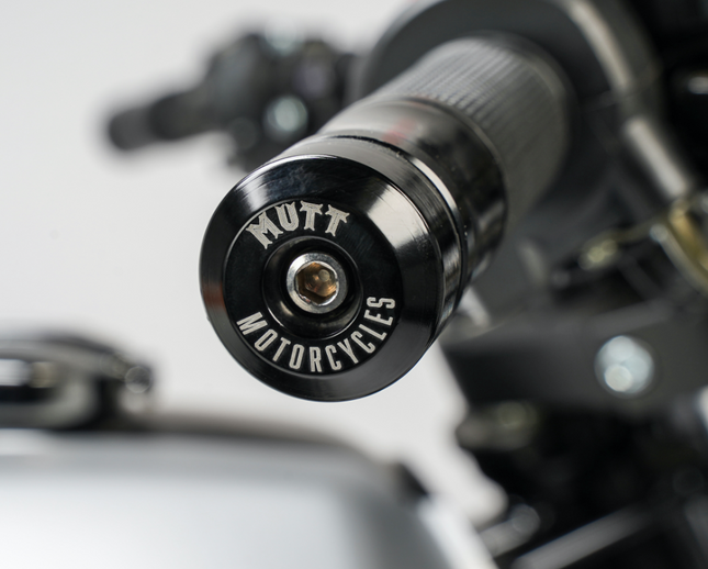 [muttmotorcycles.com][530]MM_Akita-125_V1_Silver_ST-D04_WEB.png