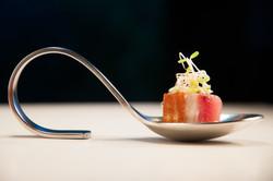 Cubo de atum com molho de Maple