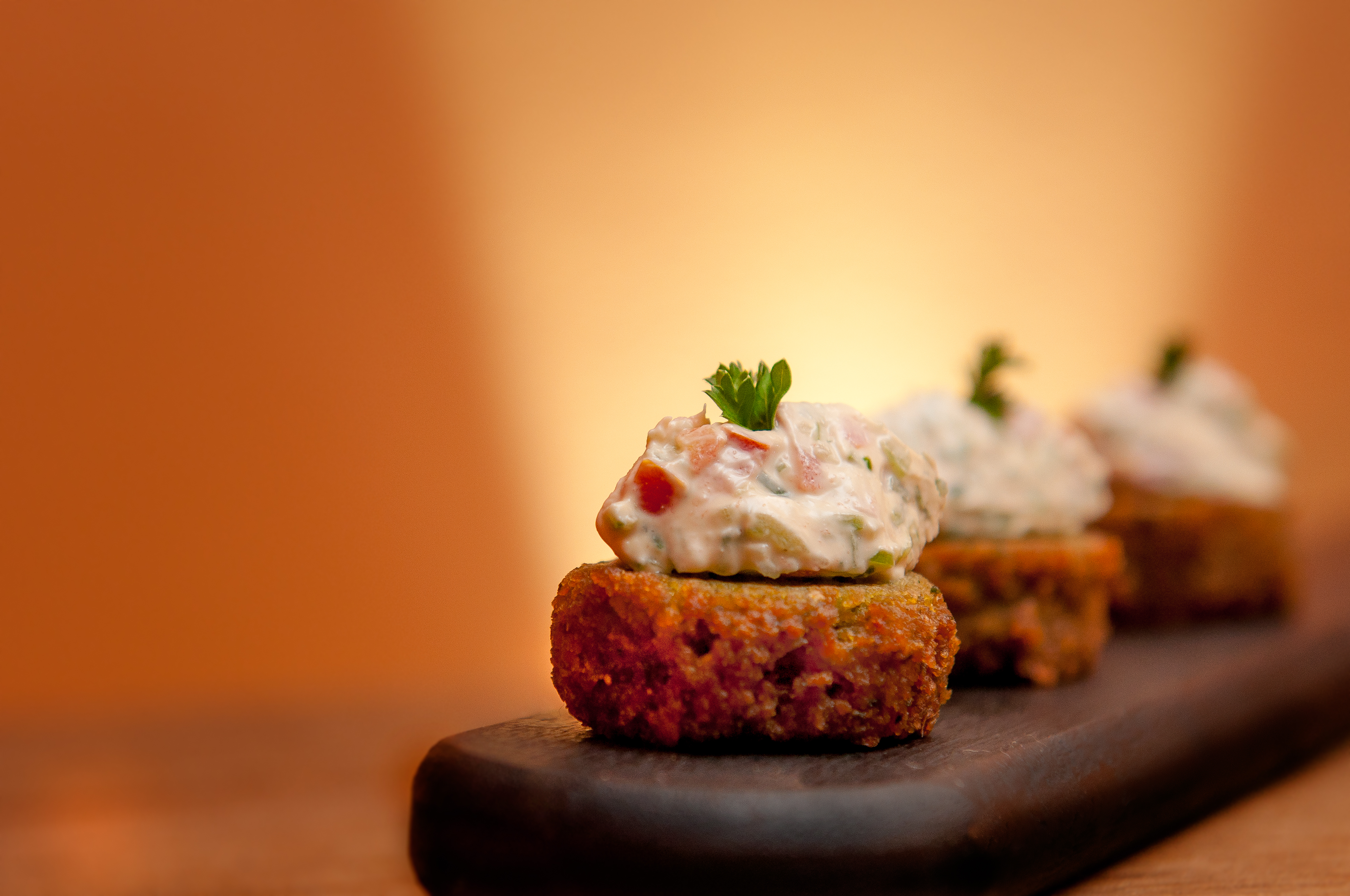 Falafel com Raita de pepino