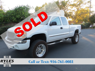 2003 GMC Sierra 2500HD - 8.1L Big Block!