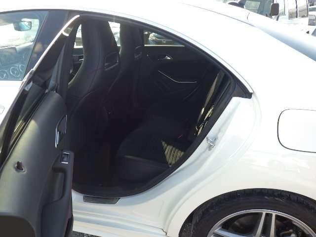 Mercedes CLA180 9377 5.jpg