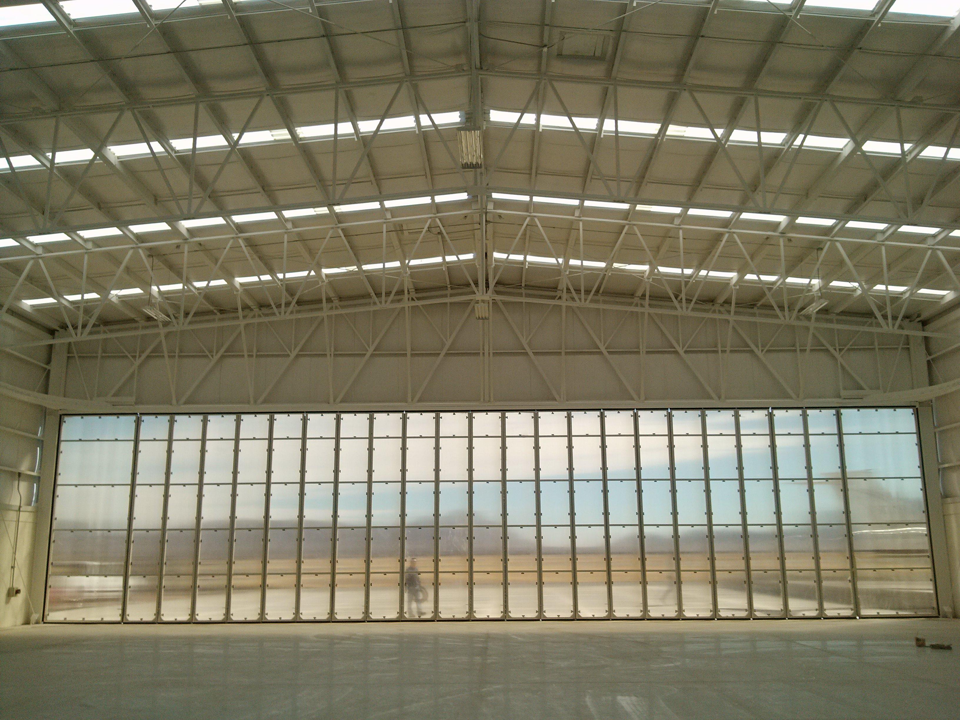 Puerta de Hangar