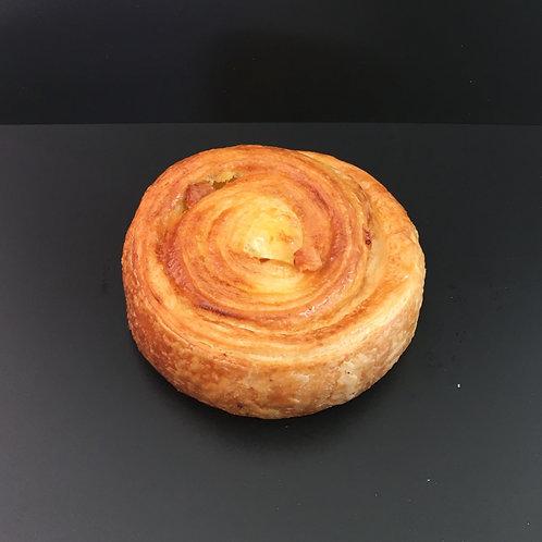 Raisin bread/pain aux raisins