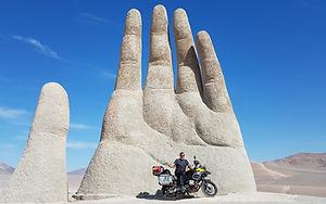 Deserto_do_Atacama_-_Mão_no_Deserto.jpg
