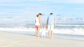 10 Tips on What to Wear for Your Beach Photo Session