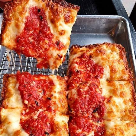 Cheese%20Pizza%20Half_edited.jpg