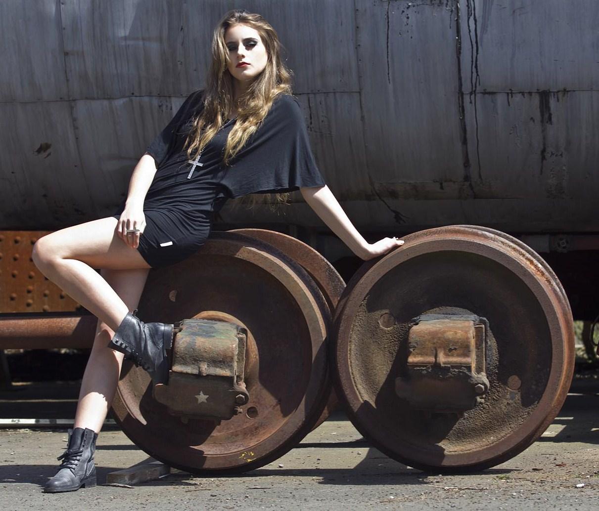 Clyne Model Agency (9)