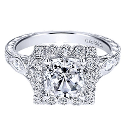 Grand Diamond Ring