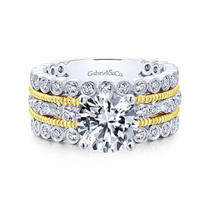 Lilith Diamond Ring