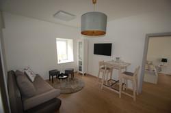 Apartment 2: Essecke