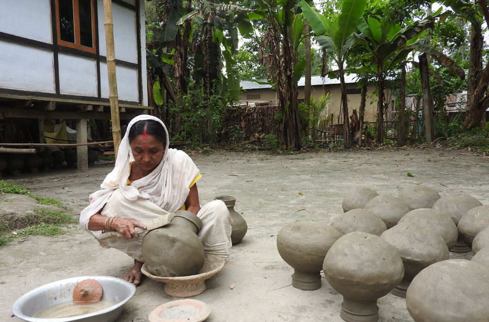 Pottery in Majuli.JPG