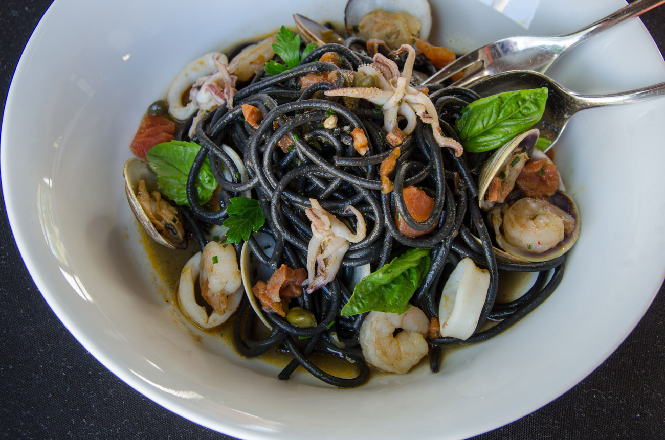 Squid-Ink-Pasta-small