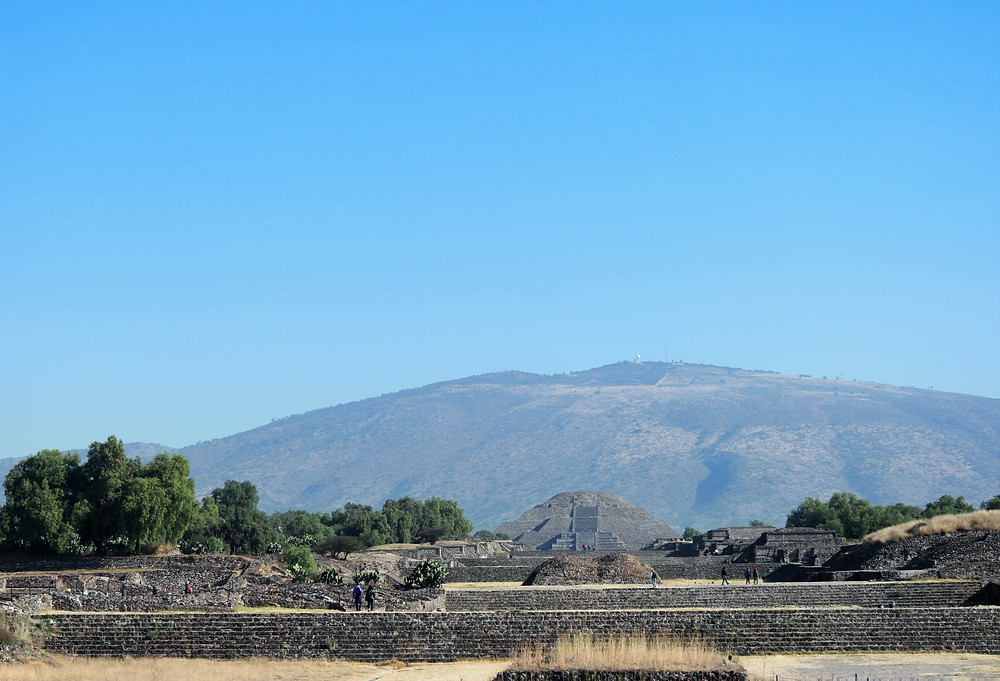 allée-morts-teotihuacan