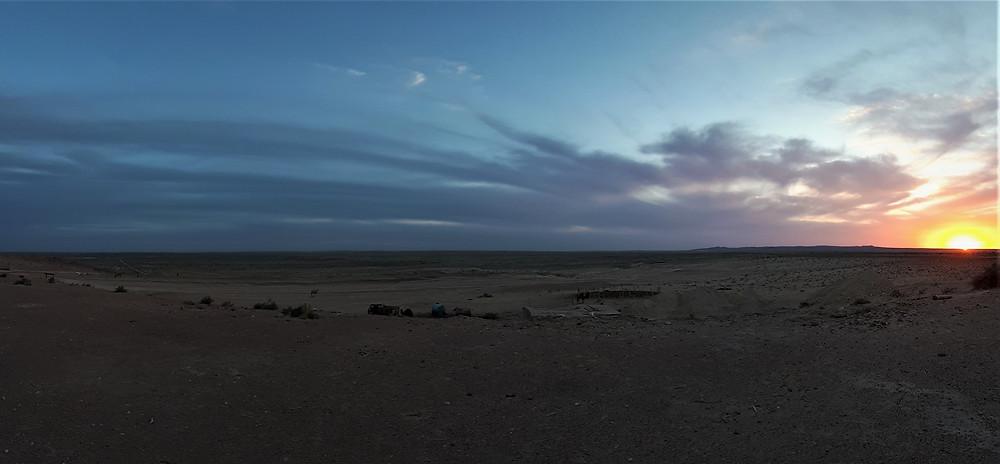 kyzyl-khoum-desert