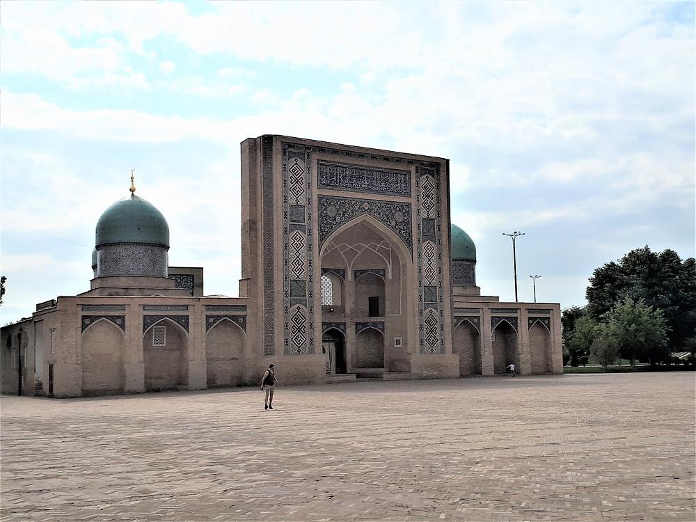 madrasa-barak-khan