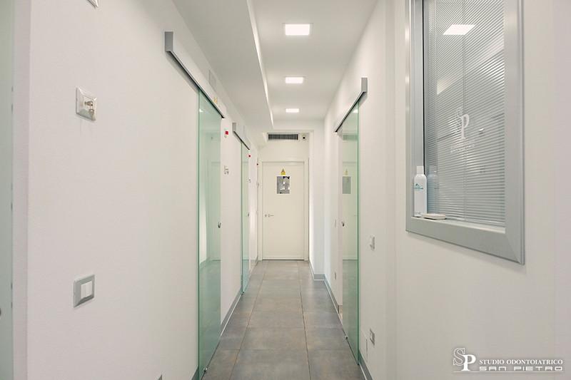 Studio Odontoiatrico San Pietro interni.