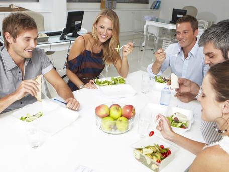 Comment une alimentation adaptée et un mode de vie sain peuvent transformer la vie de vos salariés ?