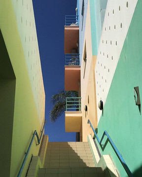 Day 86_ love the colours in Albufeira to