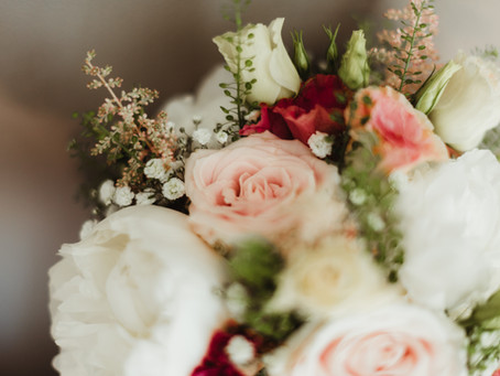 La décoration florale dans la cérémonie laïque