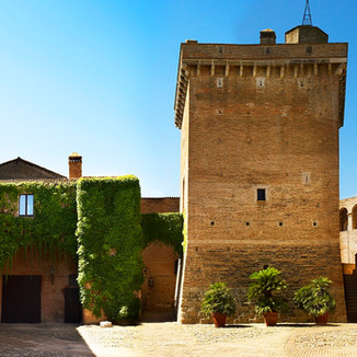 Foto Castello San Basilio Torre.jpg