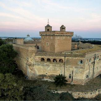 Castello_San_Basilio_1.jpg