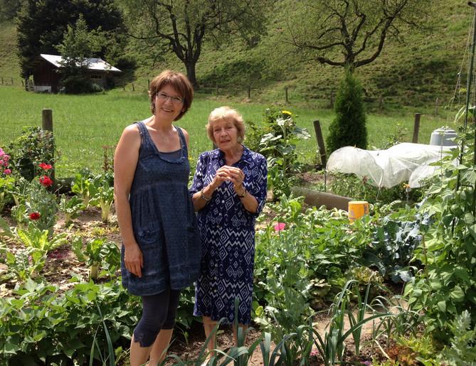Mit Beata Bishop im Gemüsegarten