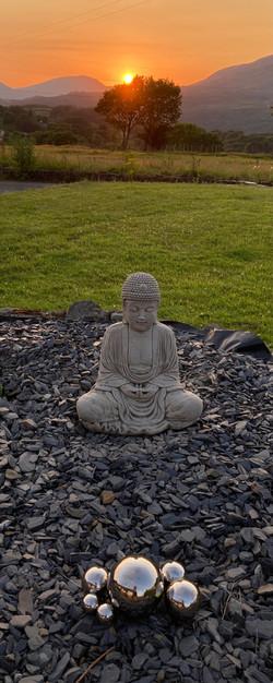 Llun Buddha Andrew kirk