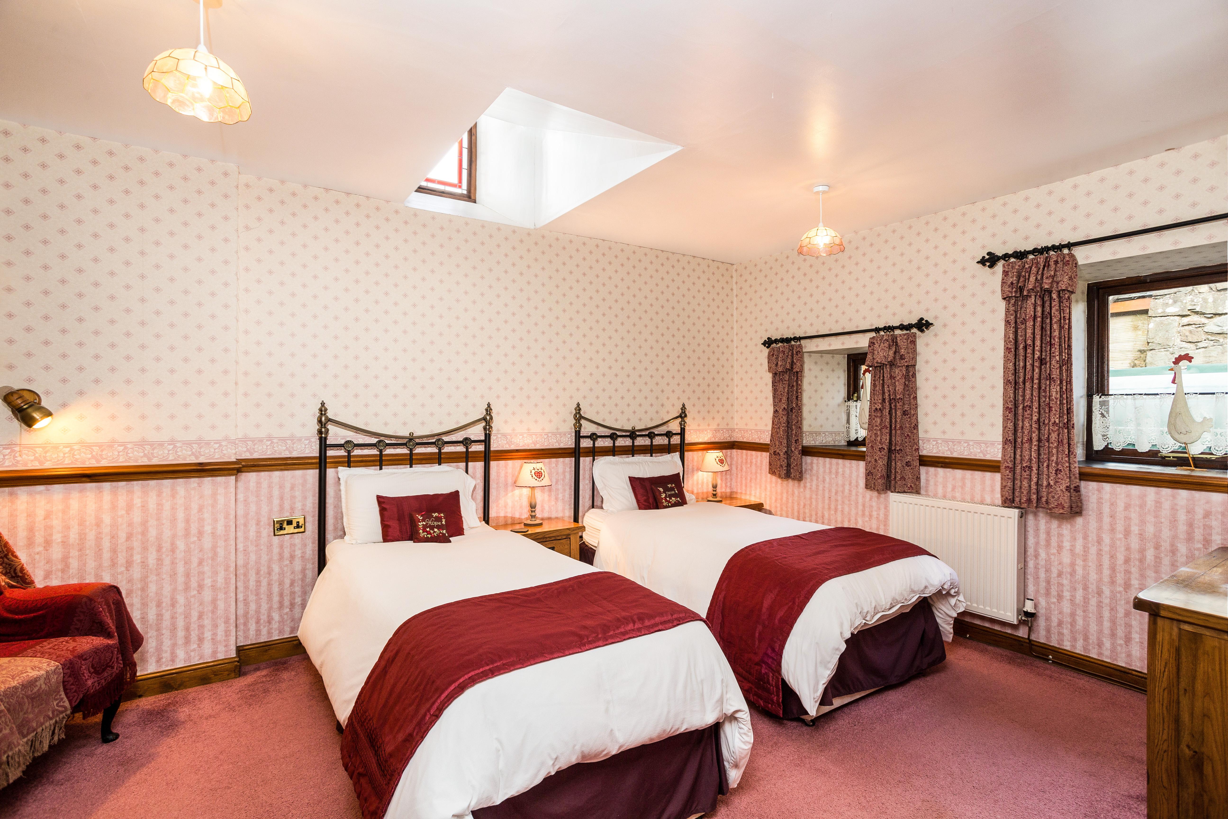 Suite 2 Twin Bedroom