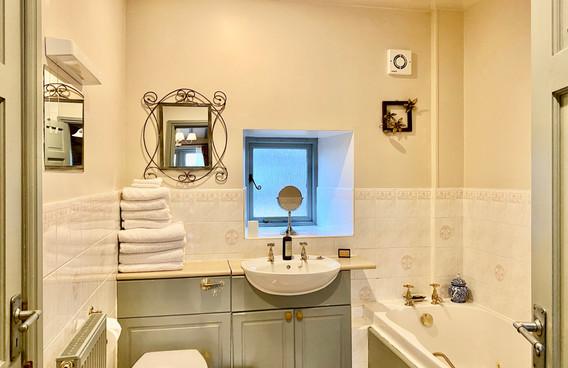 2 ST Bathroom .jpeg