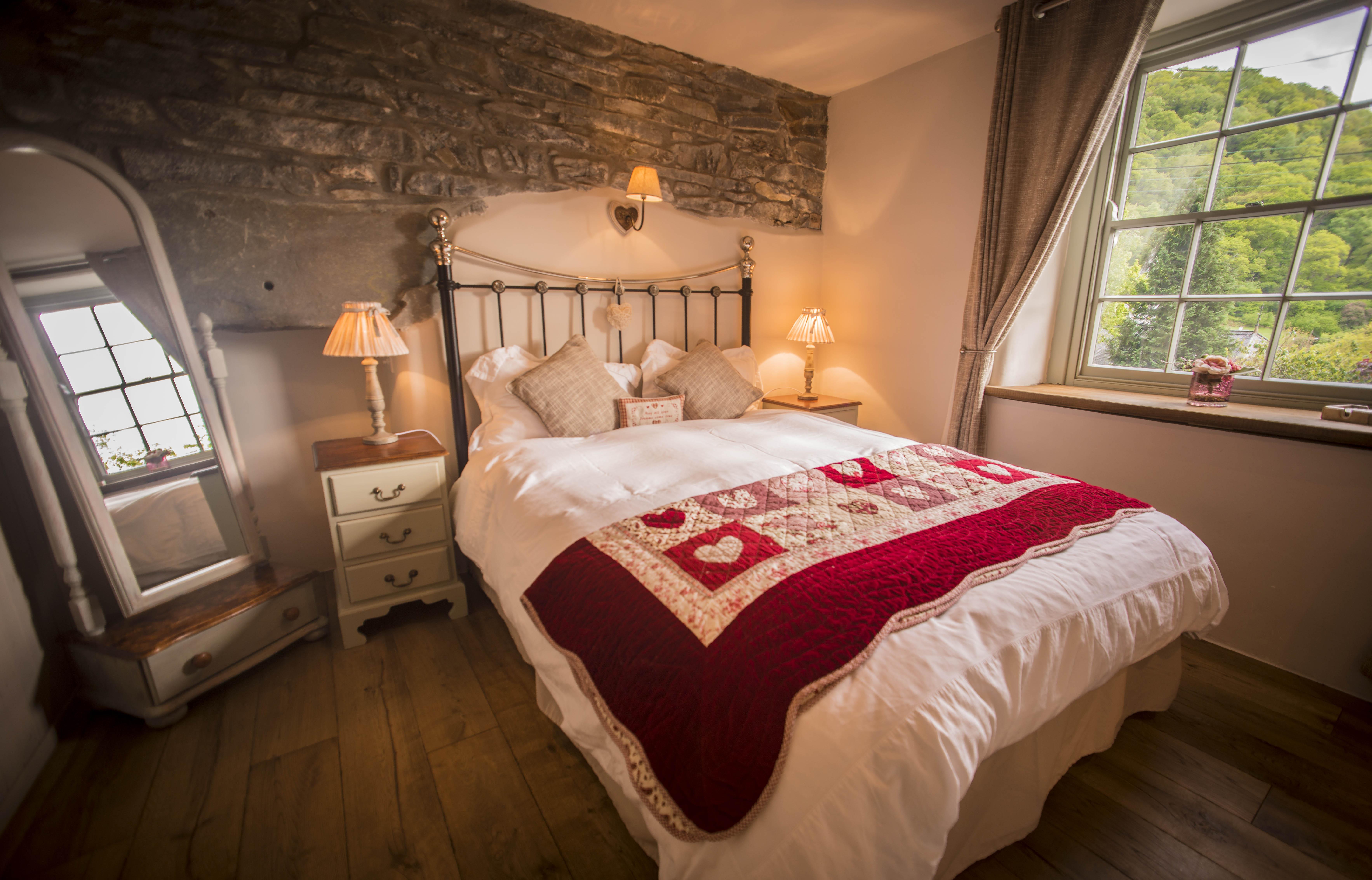 Dolydd Cottage Bedroom