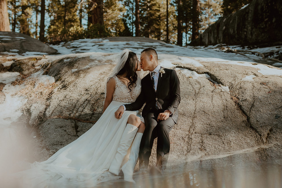 Jem + Huy_Shaver_Lake_Wedding_Couple_Pho