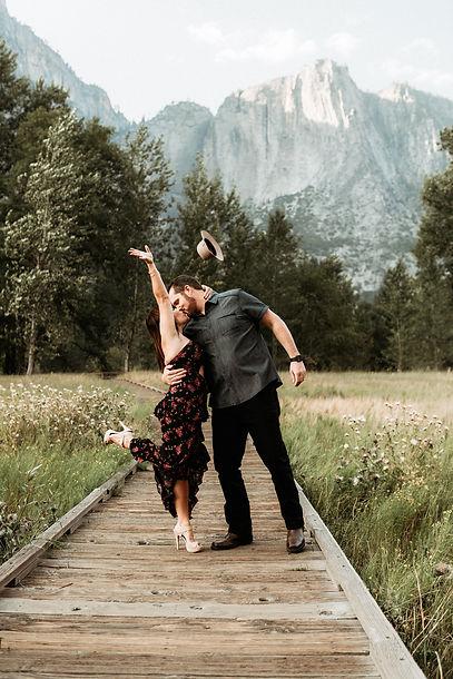 Amber + Dan Yosemite Mini Session-5.jpg