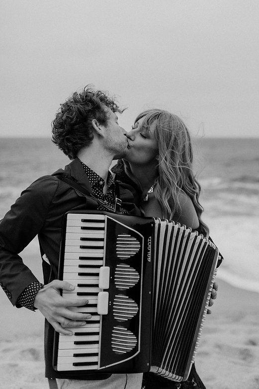 Halfmoon Bay Intimate Wedding black and white photos