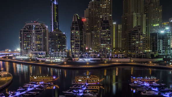 UAE: Dubai, Abu Dhabi