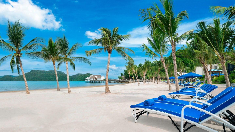 lgkxr-beach-9340-hor-wide.jpg