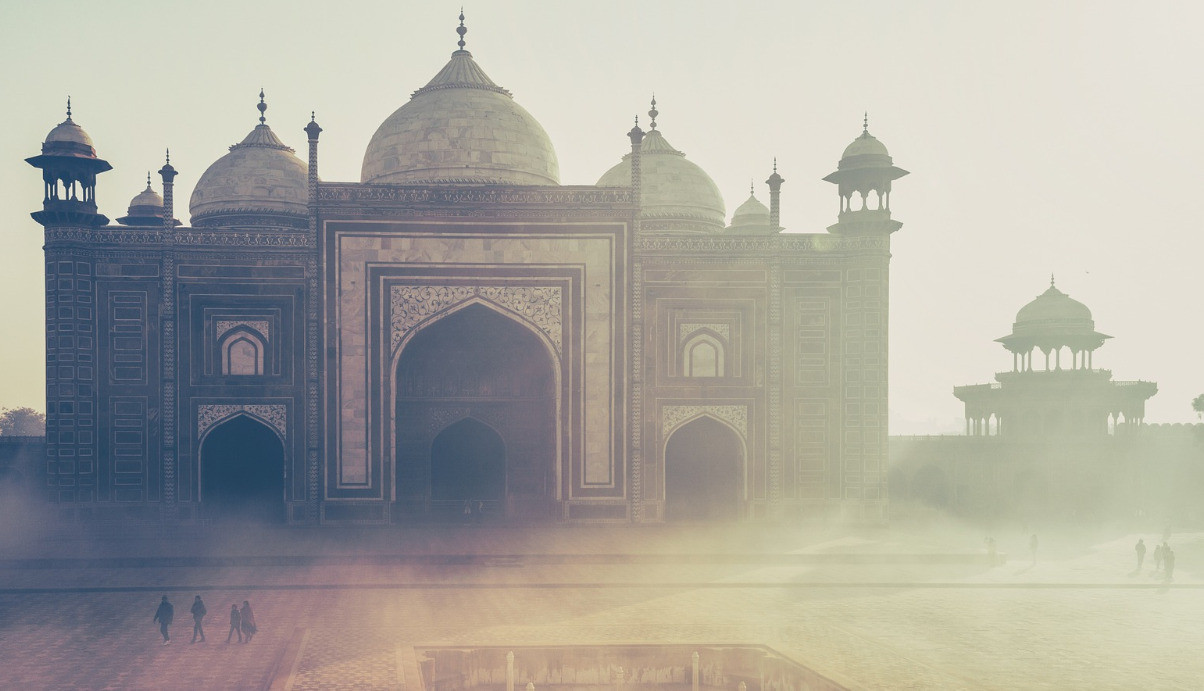 india -1209004_1920_edited.jpg