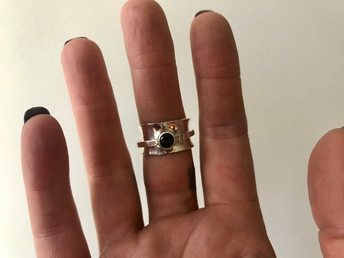 Onyx Spinner Ring Size 8