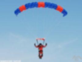 Обучение прыжам с парашютом на Урале