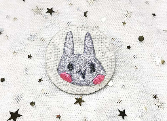 Embroidery Badge Bunny (Grey)