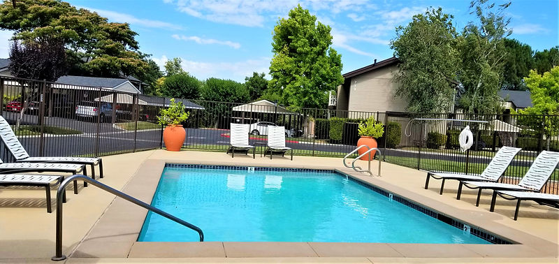 Community Pool with W-Fi Access