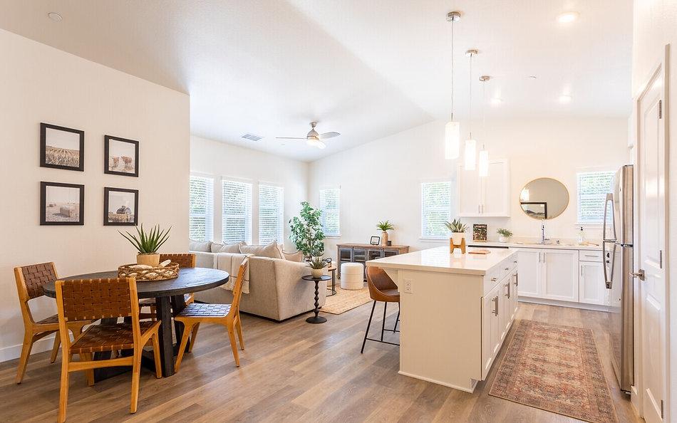 Living space interior photo