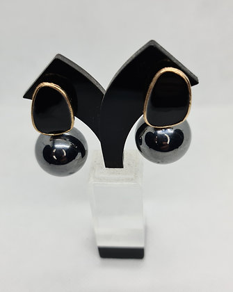 Chic Charcoal Grey Pearl Earrings