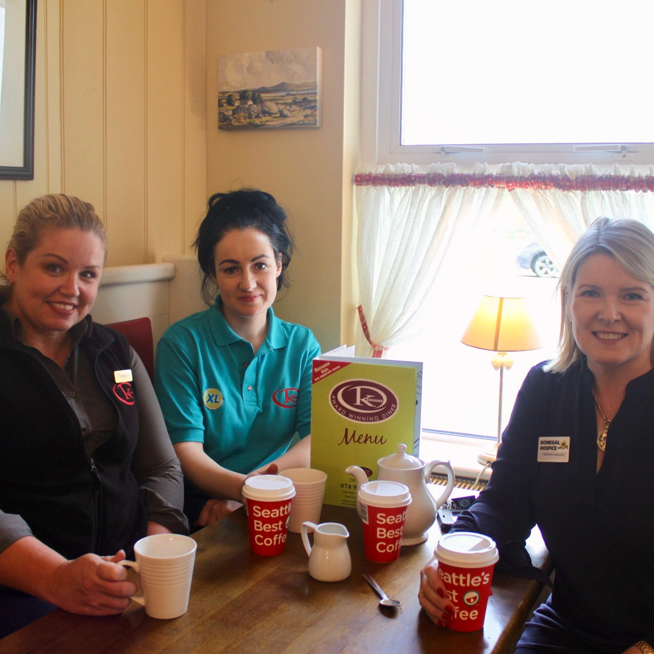 Kernans Drumkeen. Diner Manager Donna Giannopoulou with Priscilla Kee and Caroline Sweeney from the Donegal Hospice