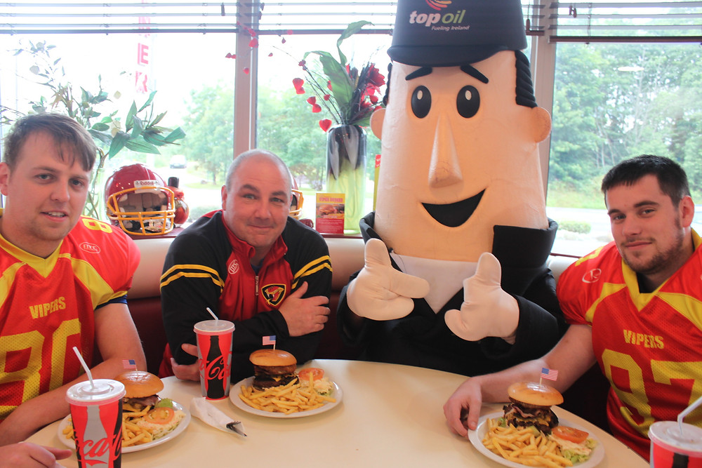 Mr Ted and the Vipers Tryout a Viper Burger