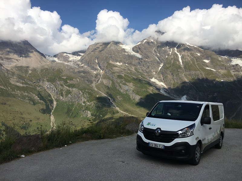 Camp In Van au sommet du Grossglockner