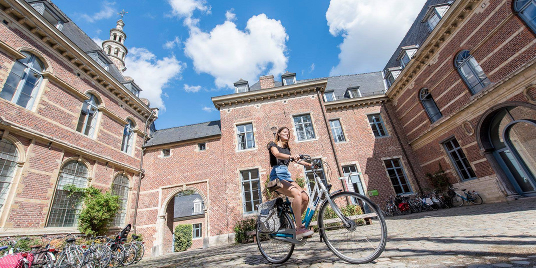 zdroj: facebook KU Leuven - https://www.facebook.com/KULeuven/?ref=page_internal