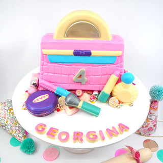 Handbag & Makeup Piñata Smash Cake