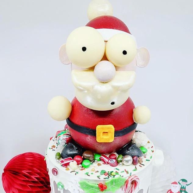Santa Smash Cake