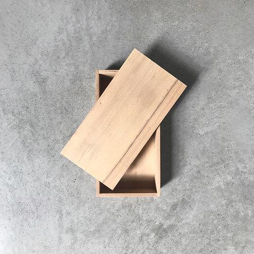 caja mediana con tapa