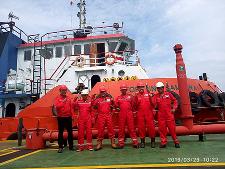 Crew Tabrisma II-2.jpeg